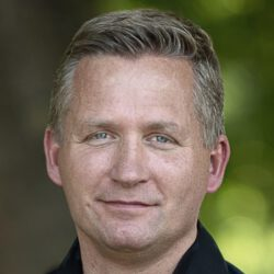 Sven Ehricht Portraitbild 16-9 SPORT SPEAKER 3000x1680